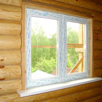 Установка пластикового окна в деревянном доме